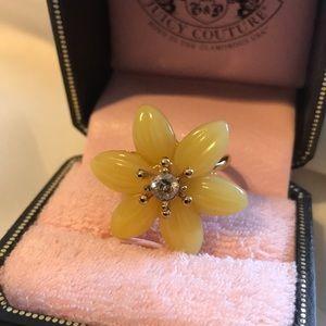 JUICY COUTURE ENAMEL FLOWER ADJUSTABLE RING